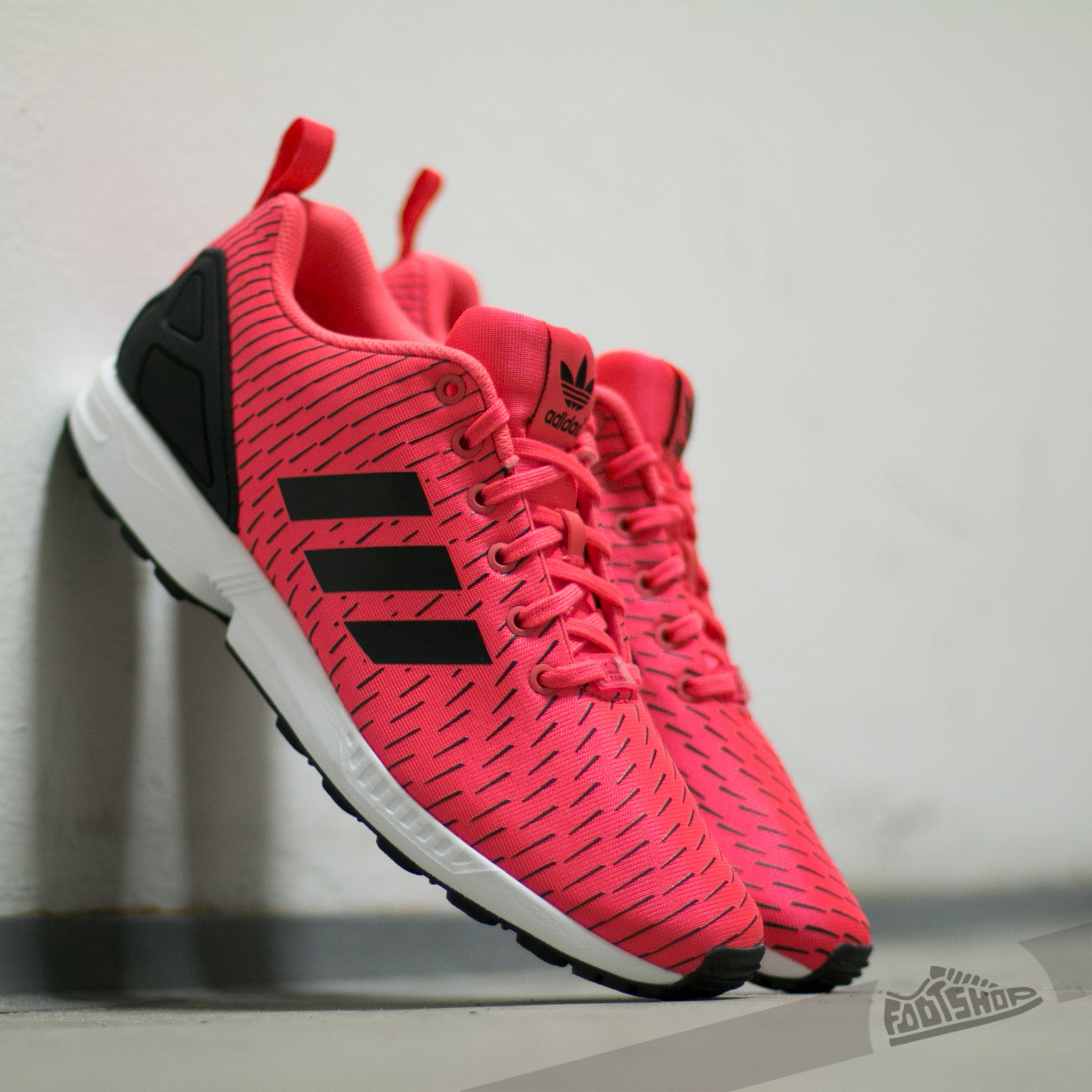 brand new 20f73 cdf6e ... clearance adidas zx flux shock red s16 shock red s16 core black a76af  d9769