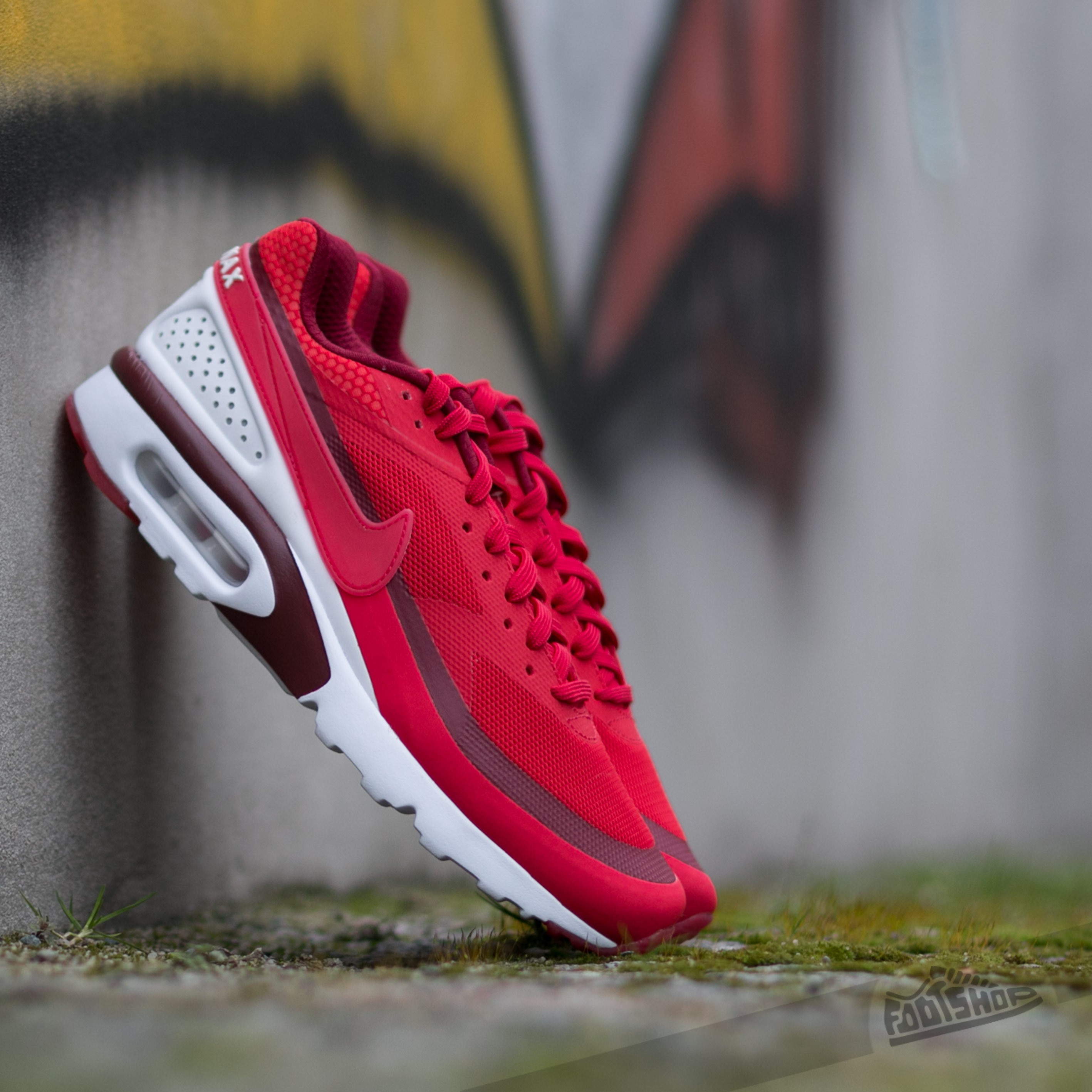 air max bw ultra red