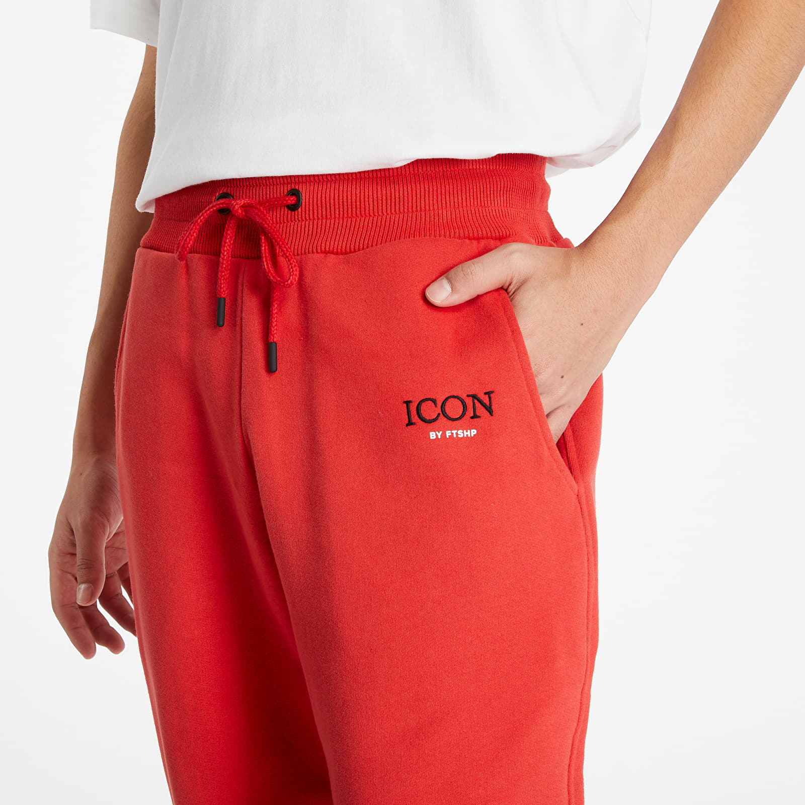 Дънки и панталони FTSHP x Rytmus Icon Sweatpants Red
