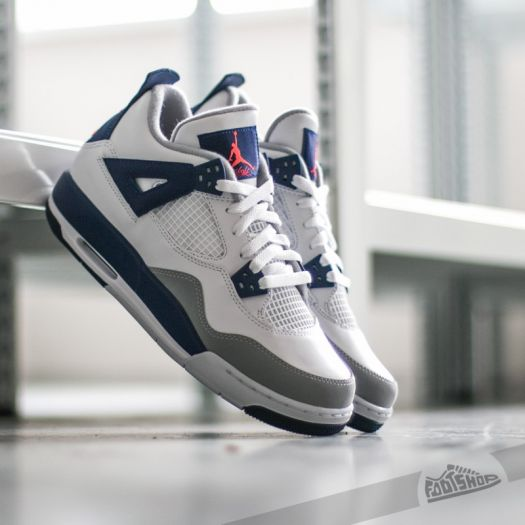 Women's shoes Air Jordan 4 Retro (GG