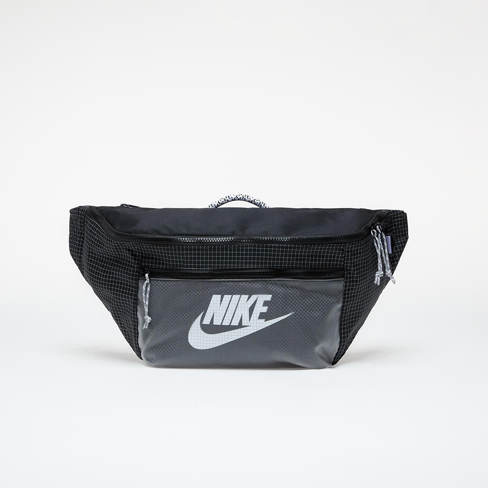 Nike Tech Waistpack - Trl Black/ Black/ White EUR