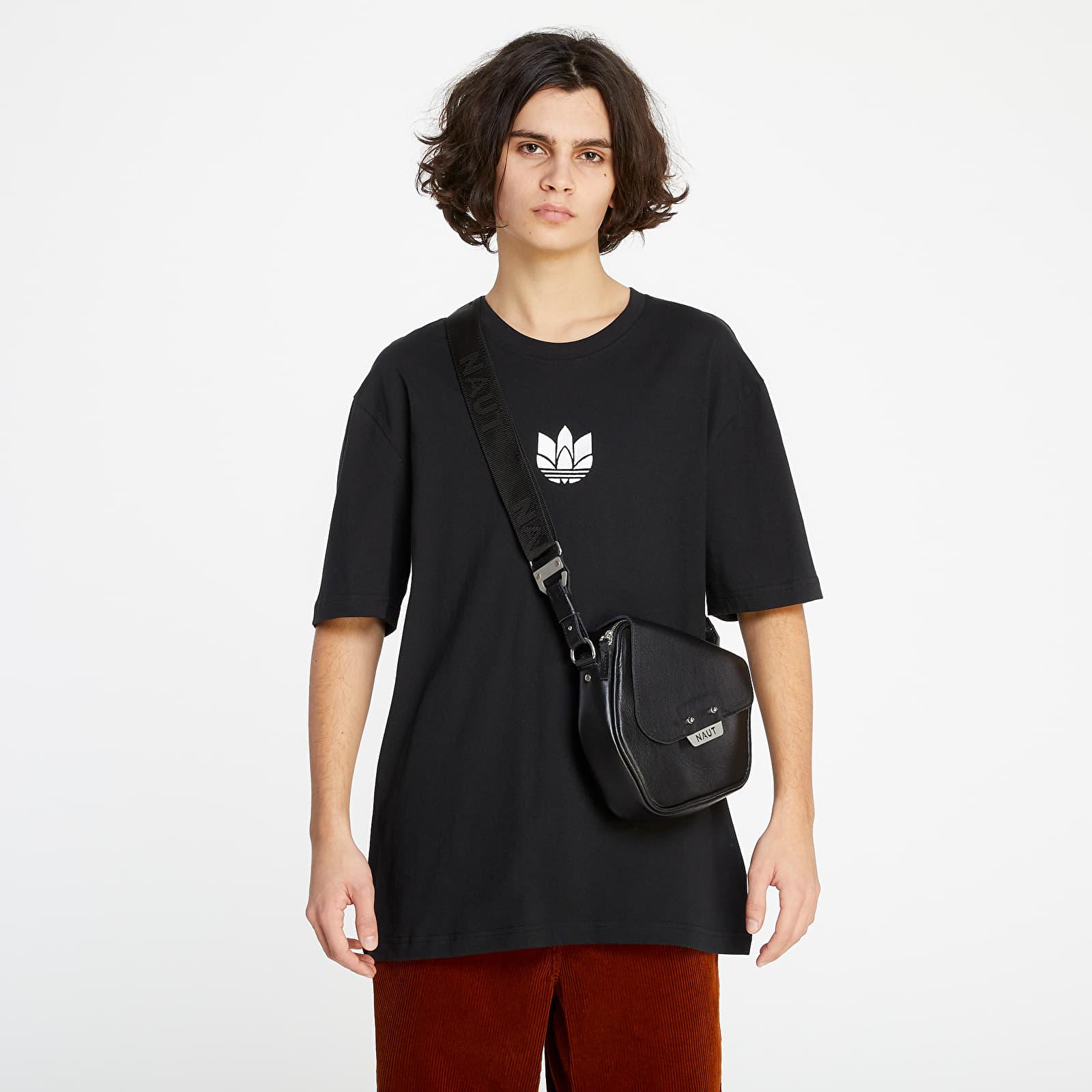adidas 3D Trefoil Tee Black/ White EUR S