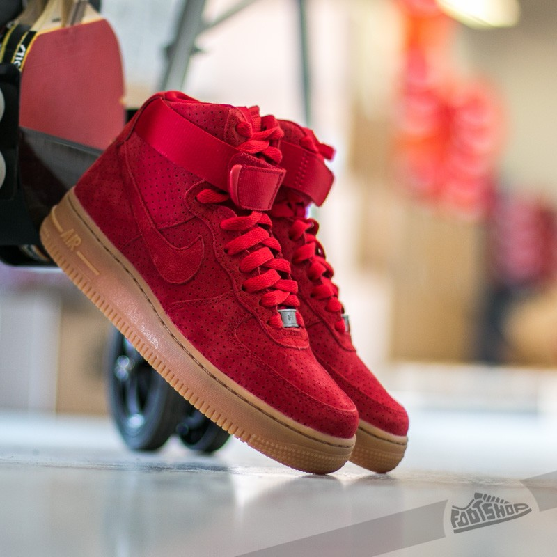 Nike Wmns Air Force 1 HI Suede University Red  University Red ... 0bb9f044b