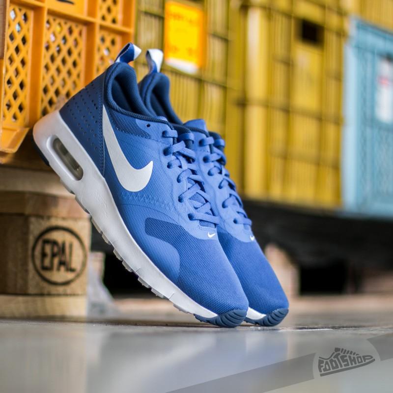 new style 23c8a d08c3 Nike Air Max Tavas (GS)