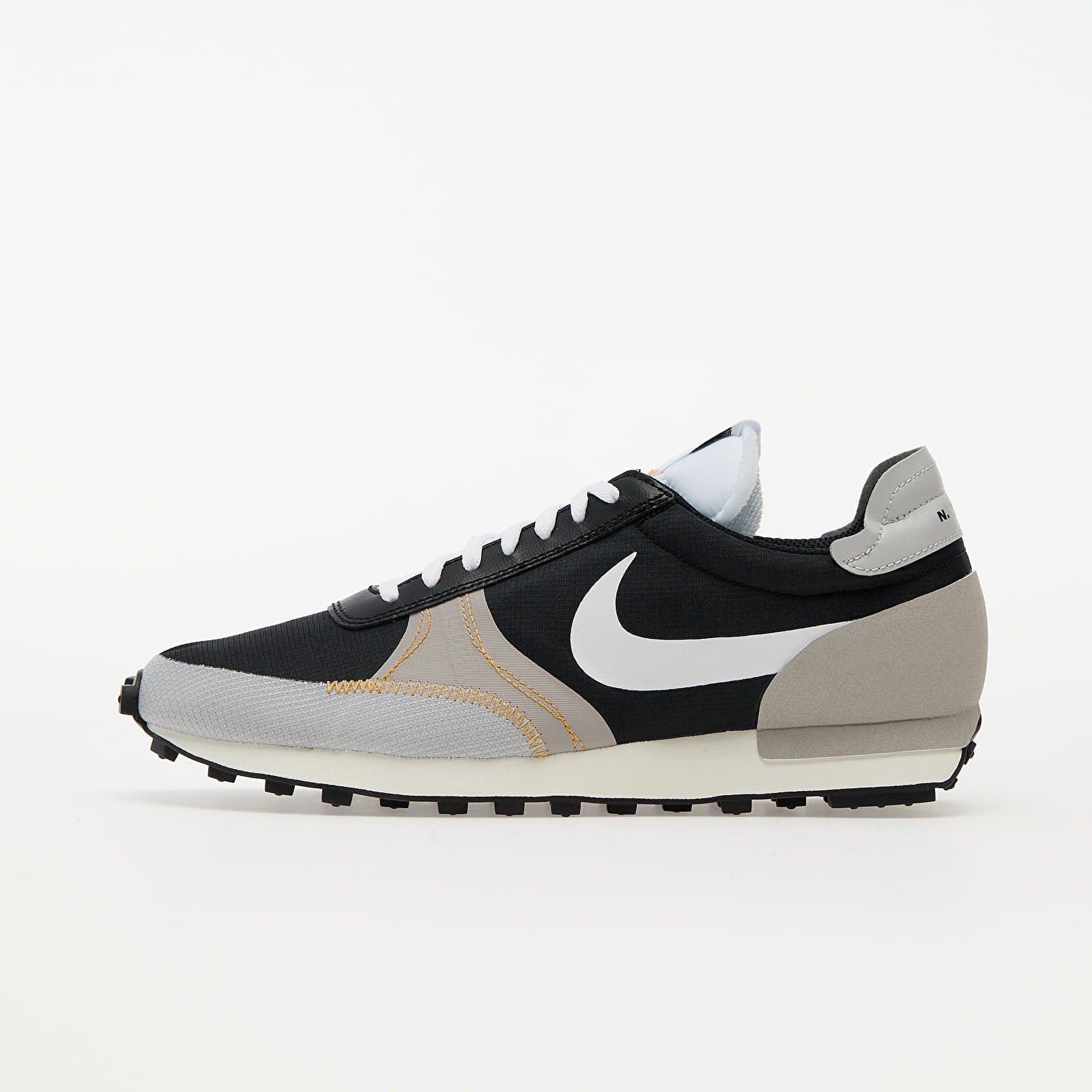 Nike Daybreak-Type SE Black/ White-Grey Fog-College Grey EUR 44.5