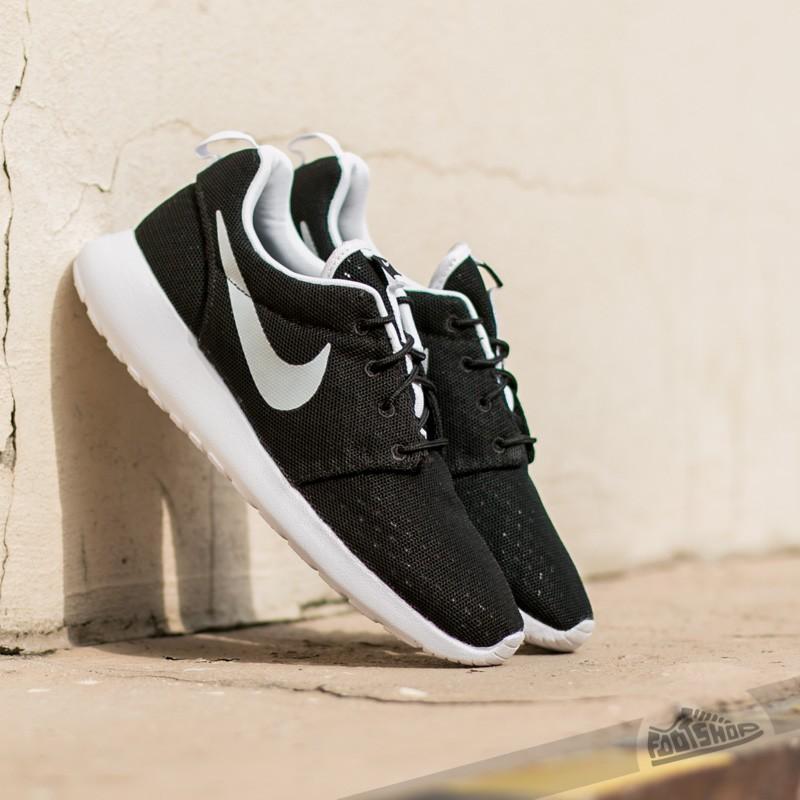 more photos 1b0e3 ef68c Nike Roshe One BR Black  White