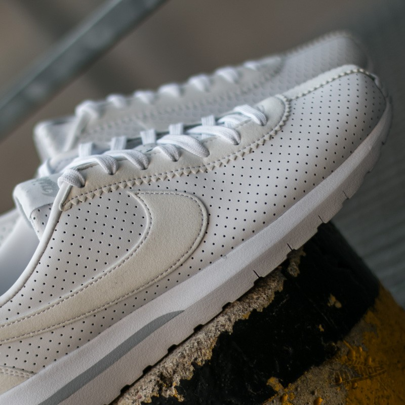 Nike W Roshe Cortez NM White White Pure Platinum | Footshop