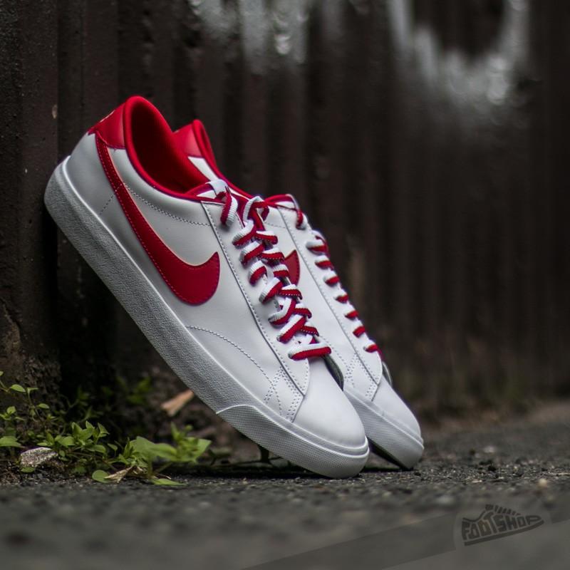wholesale dealer d746e d4792 Nike Tennis Classic AC