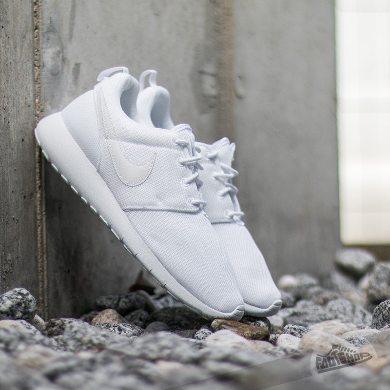 check out 3999a 2c248 Nike Roshe One (GS) White/ White-Wolf Grey | Footshop