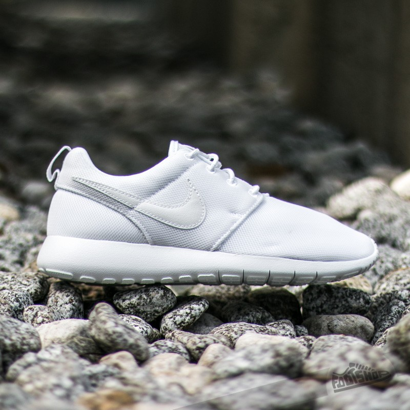 check out f5b49 8fc18 Nike Roshe One (GS) White/ White-Wolf Grey | Footshop