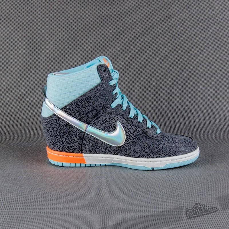 new styles 35999 2f064 Nike Wmns Dunk Sky Hi Premium