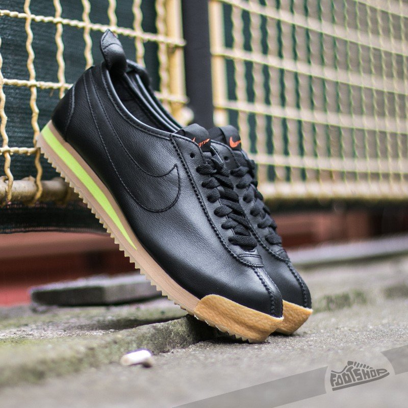 best cheap 0e67c 1fee8 Nike WMNS Cortez '72 Black/ Black-Balsa-Gum Yellow | Footshop