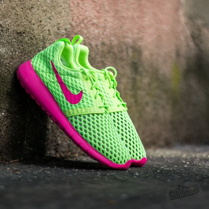 347e5e31e99f Nike Roshe One Flight Weight (GS) Ghost Green  Pink Blast