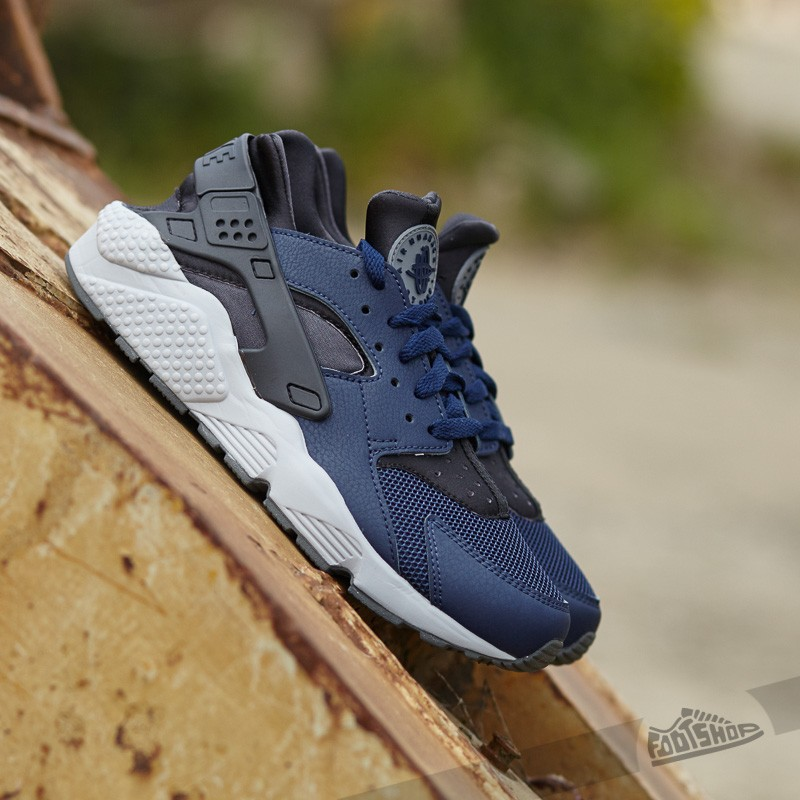 check out aa7bc fdf2a Nike Air Huarache. Midnight Navy  ...