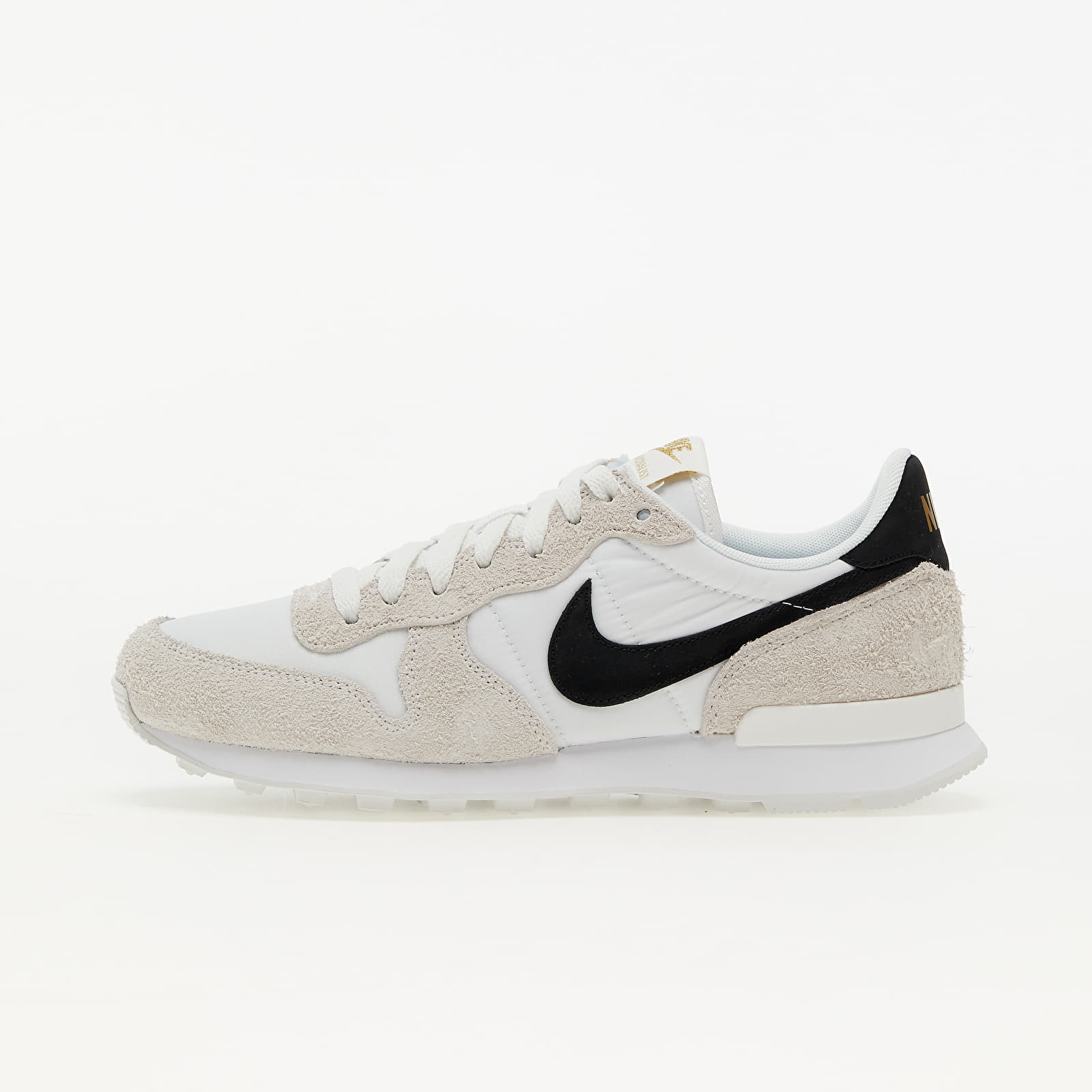 Nike W Internationalist Summit White/ Black-Metallic Gold-White EUR 38.5