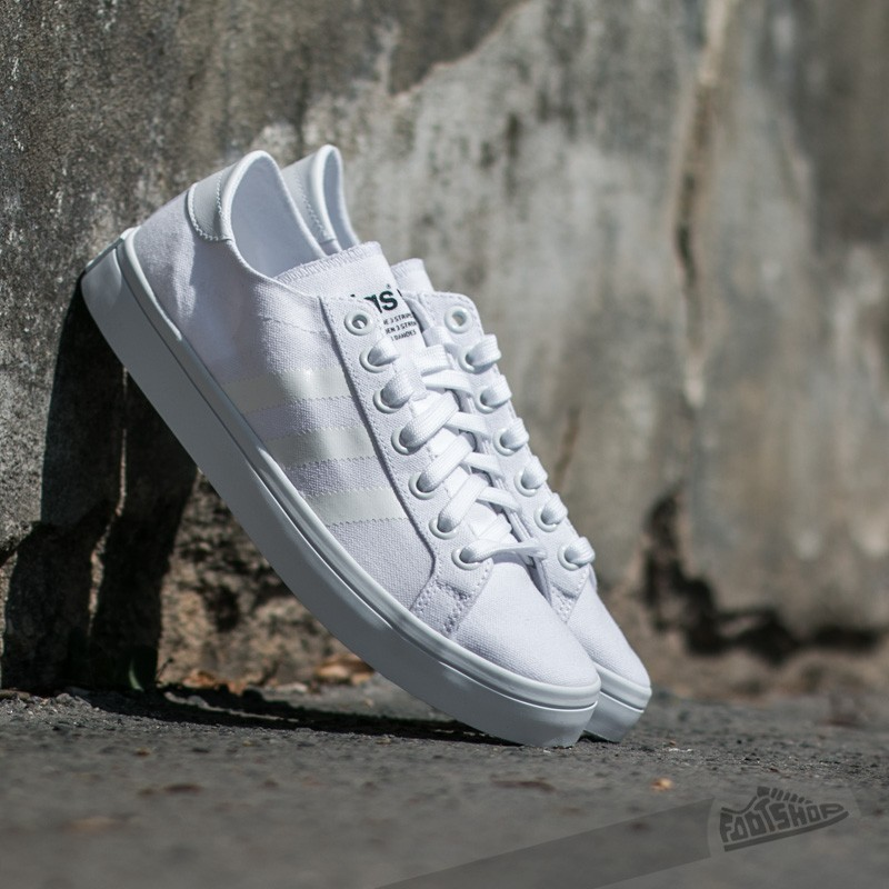 the latest 29732 f5127 adidas CourtVantage Ftw White Ftw White Core Black