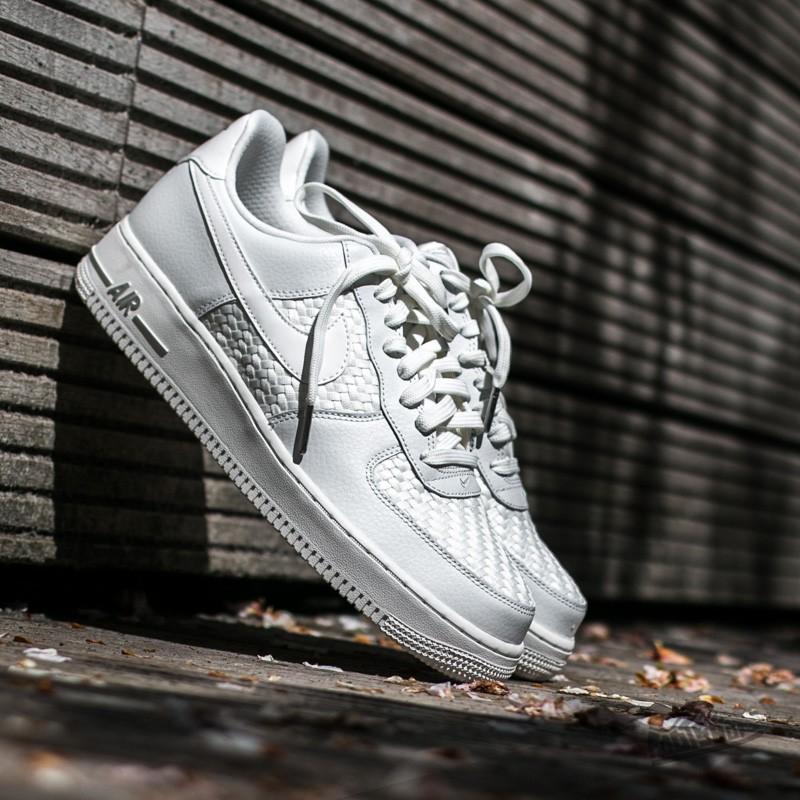low priced 218c5 e0e86 Nike Air Force 1 LV8 (GS)