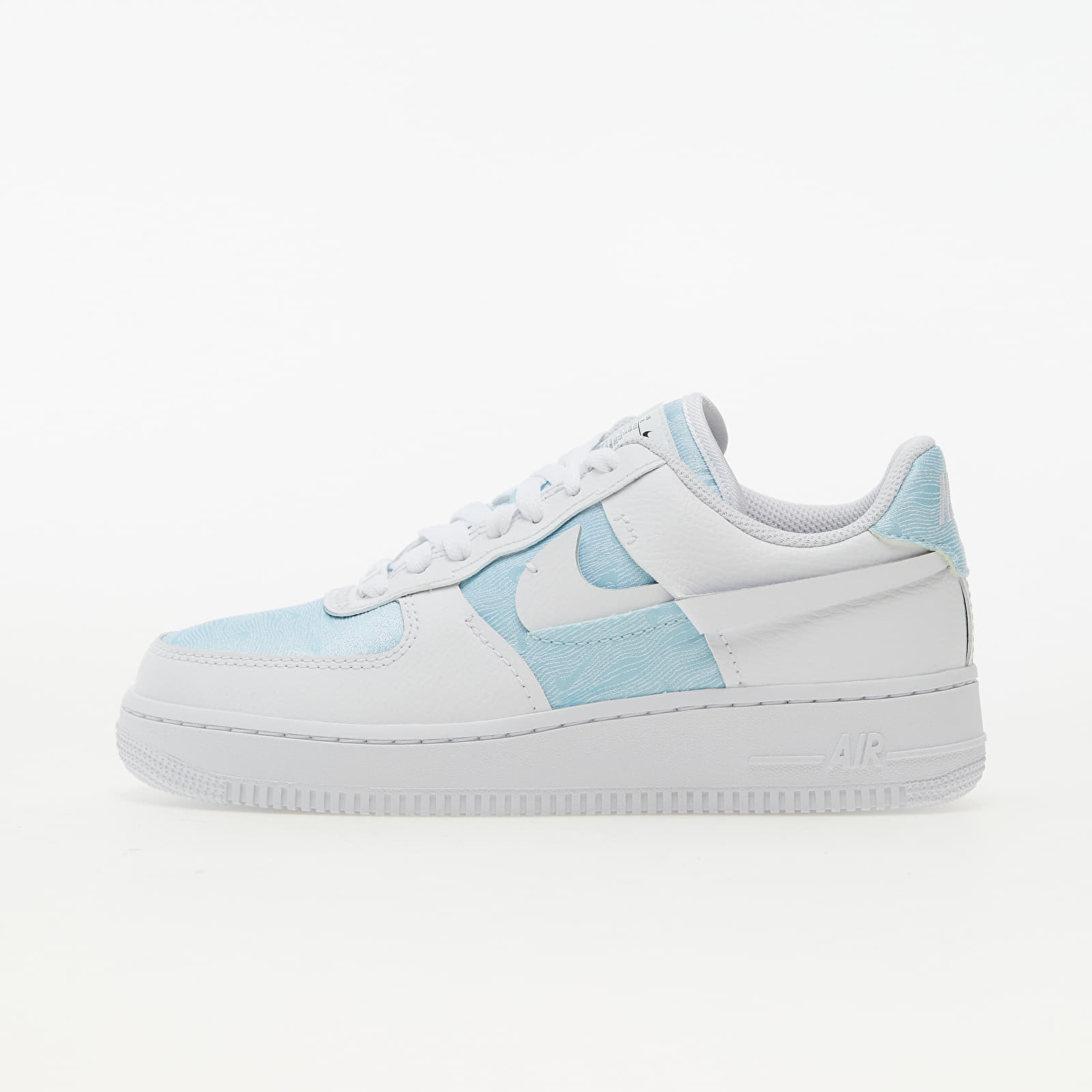 Nike Wmns Air Force 1 LXX Glacier Blue/ White-Black EUR 39