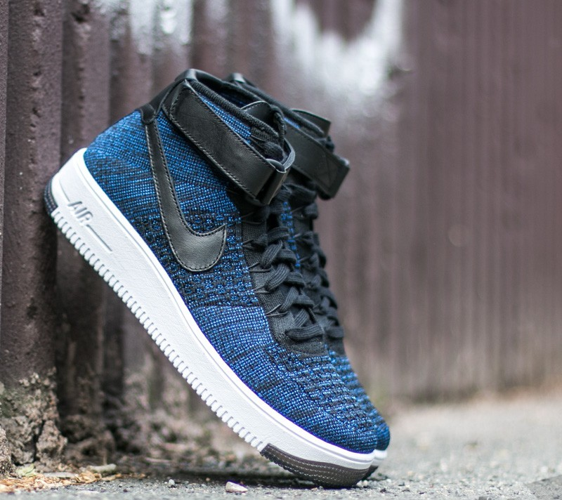 nike air force flyknit mid