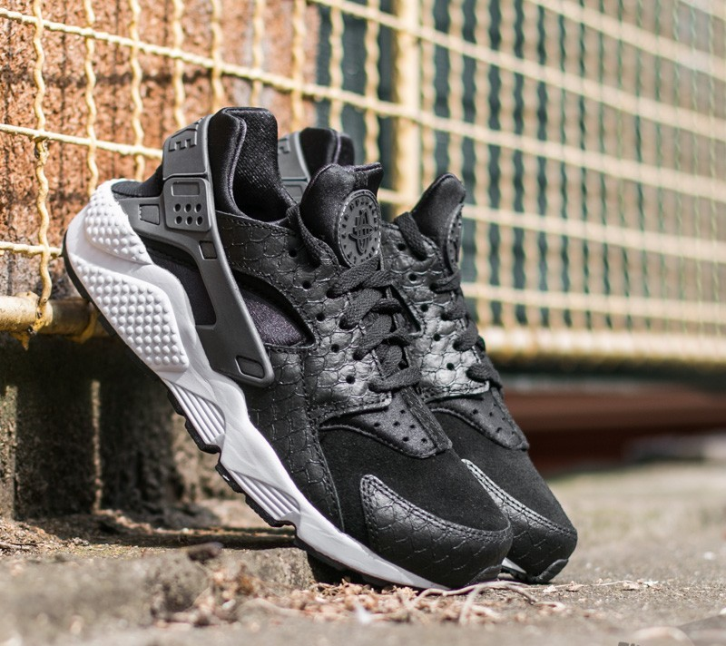 555b6dfc0b3381 Nike Air Huarache Run Premium Black  Dark Grey-White