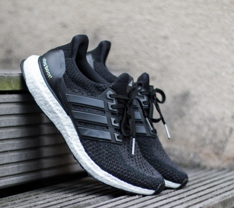 1b1416e3947 adidas Ultra Boost m Running  Course Black