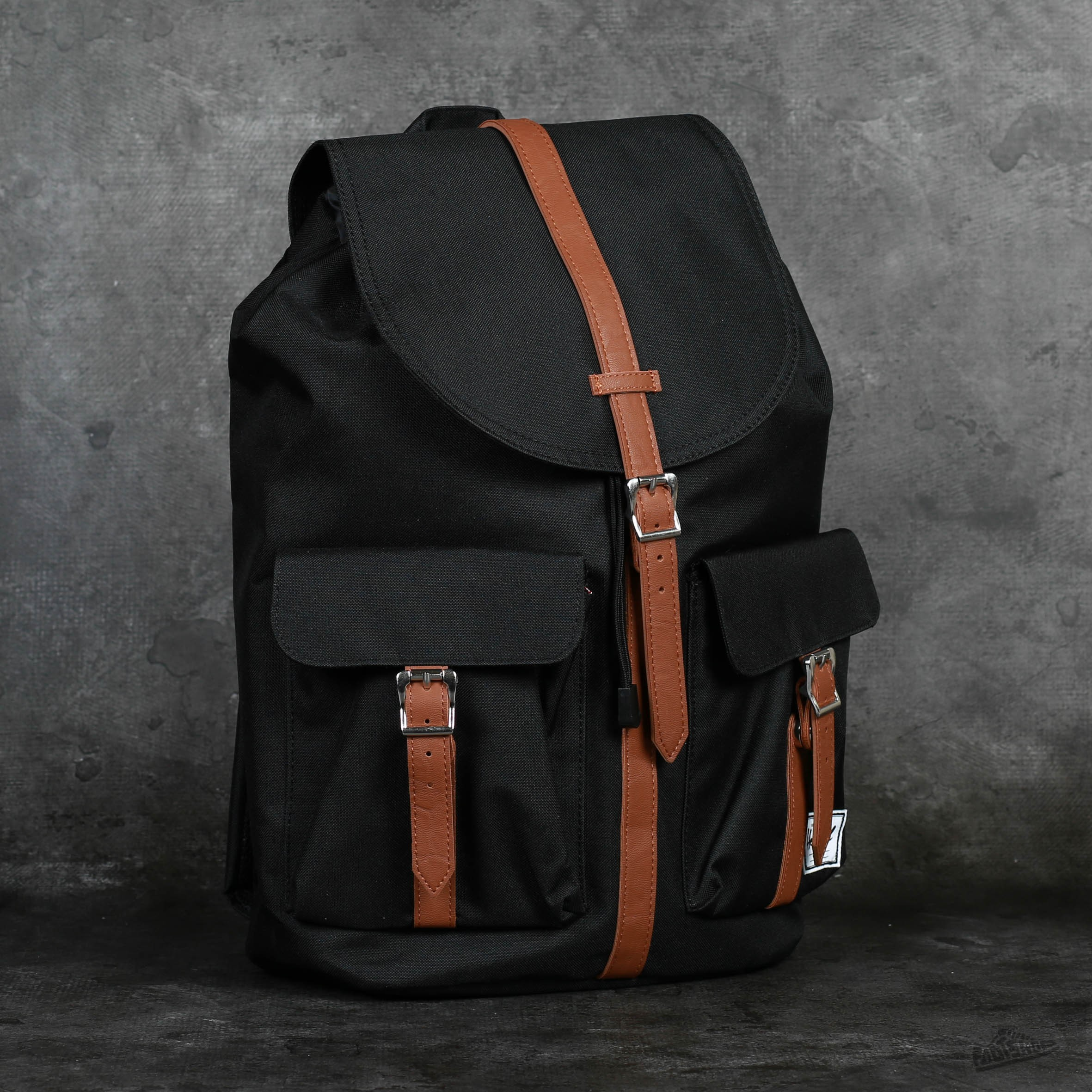Herschel Supply Co. Dawson Backpack Black/ Tan at a great price 1 610 Kč buy at Footshop
