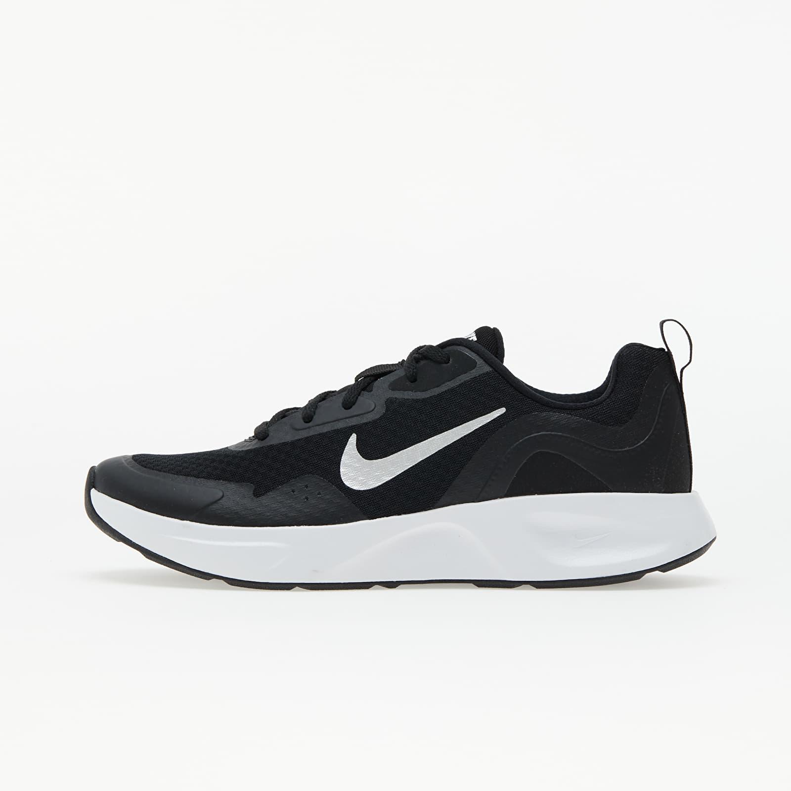 Nike Wmns Wearallday Black/ White EUR 38.5