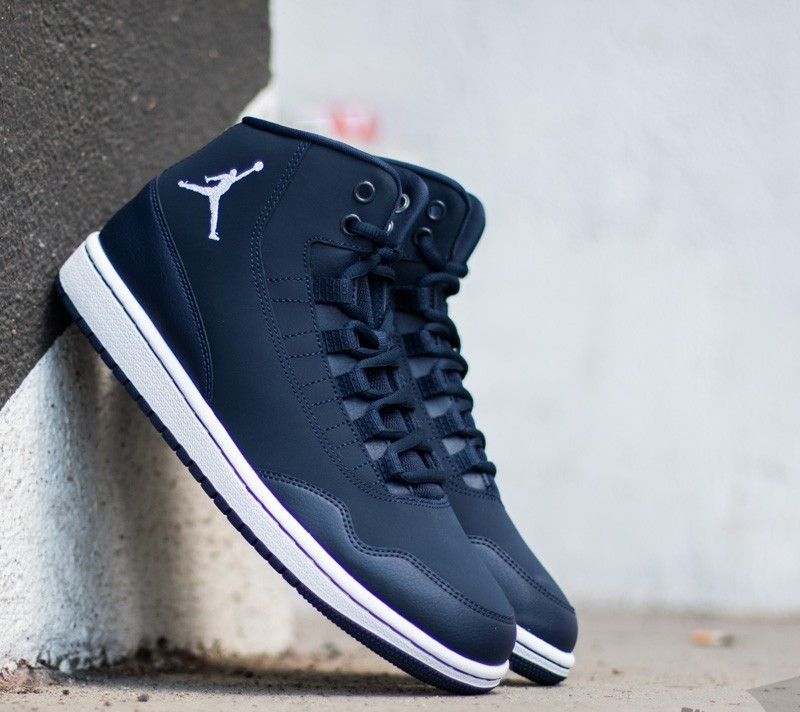 cheap for discount 90031 5bcc0 Jordan Executive Midnight Navy White