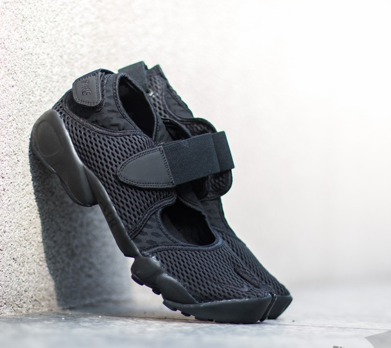 competitive price 86f42 0bd26 Nike Air Rift Breathe Black  Black