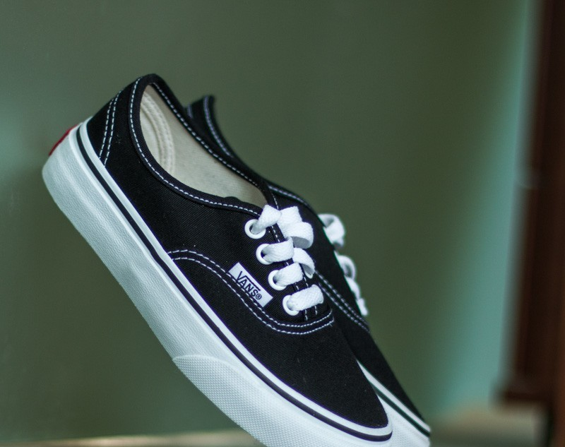 Vans K Authentic Black/ True White EUR 32