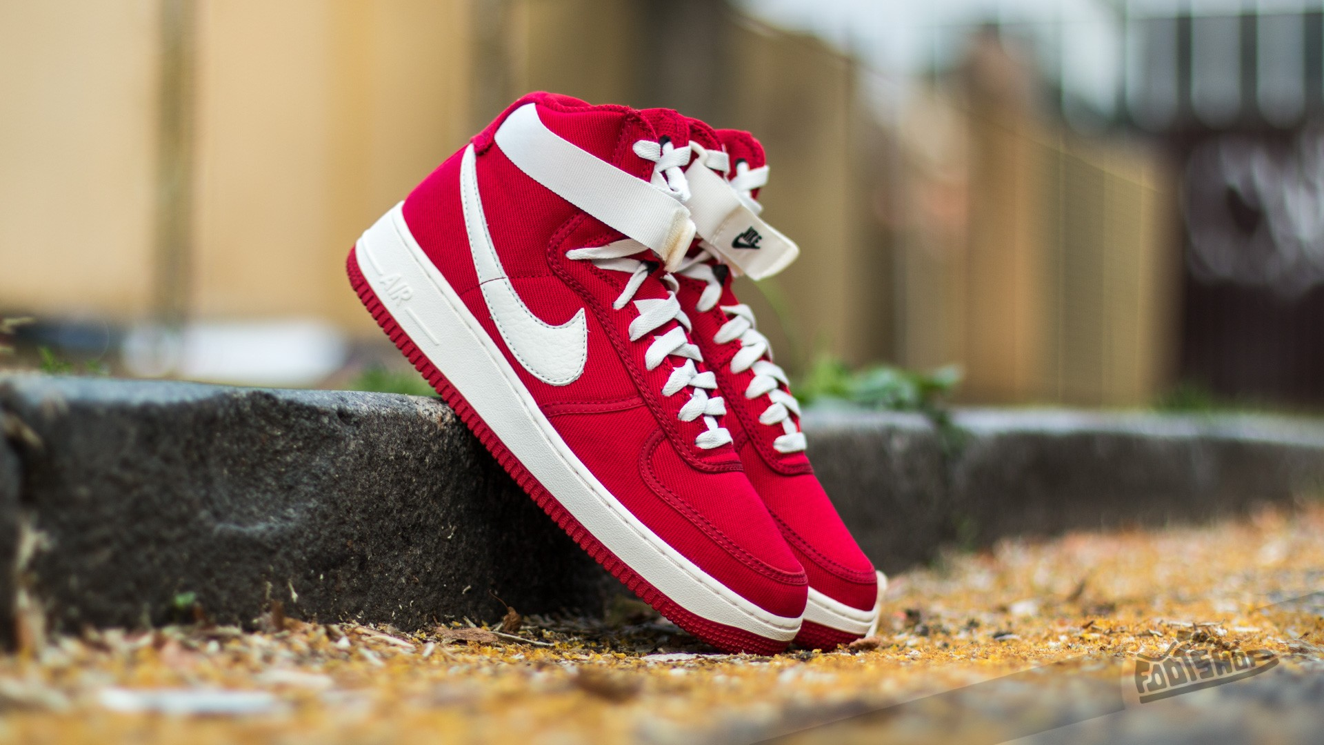 reputable site 973dc 91280 Nike Air Force 1 High Retro Gym Red/ Sail-Black | Footshop