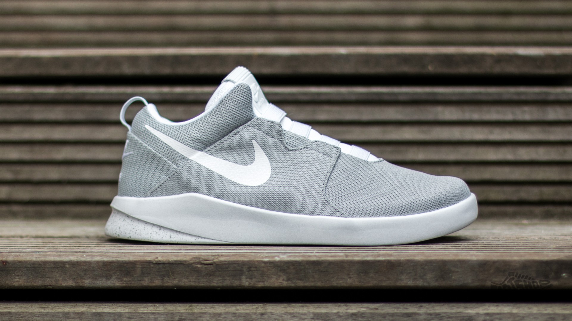 d9f8421f3099 Nike Air Shibusa Wolf Grey  White-Pure Platinum