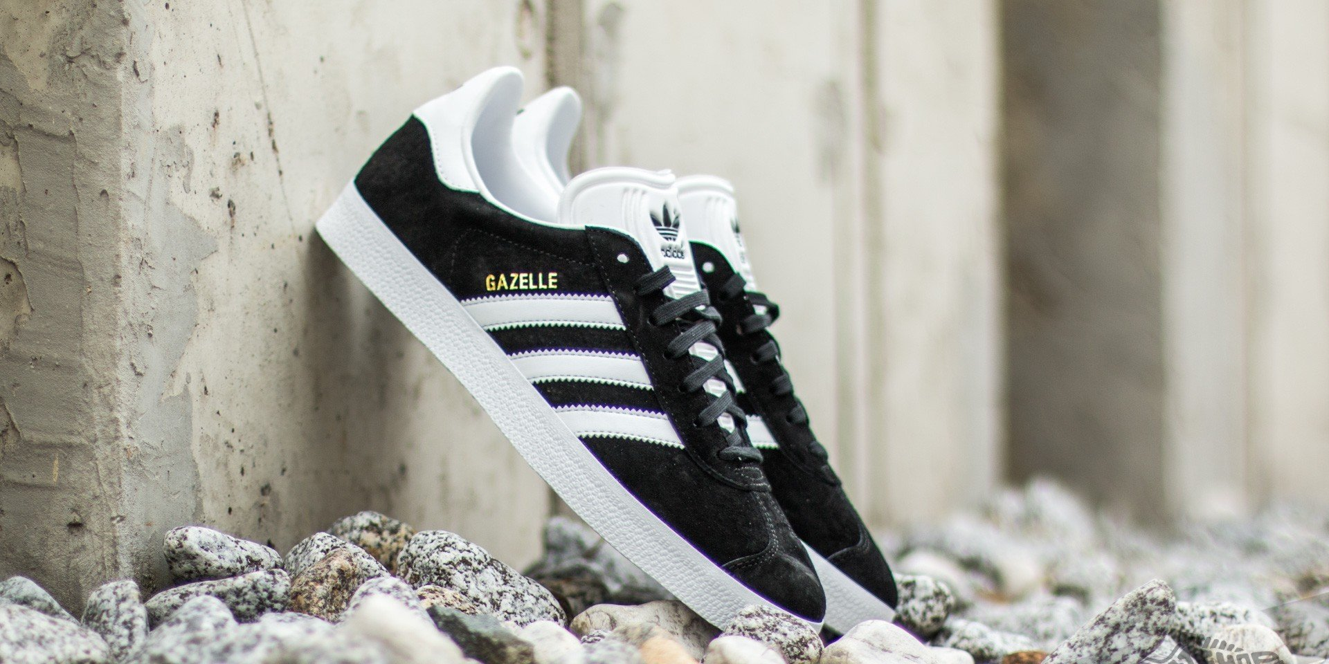 adidas Gazelle Core Black/ White/ Gold Metalic EUR 46