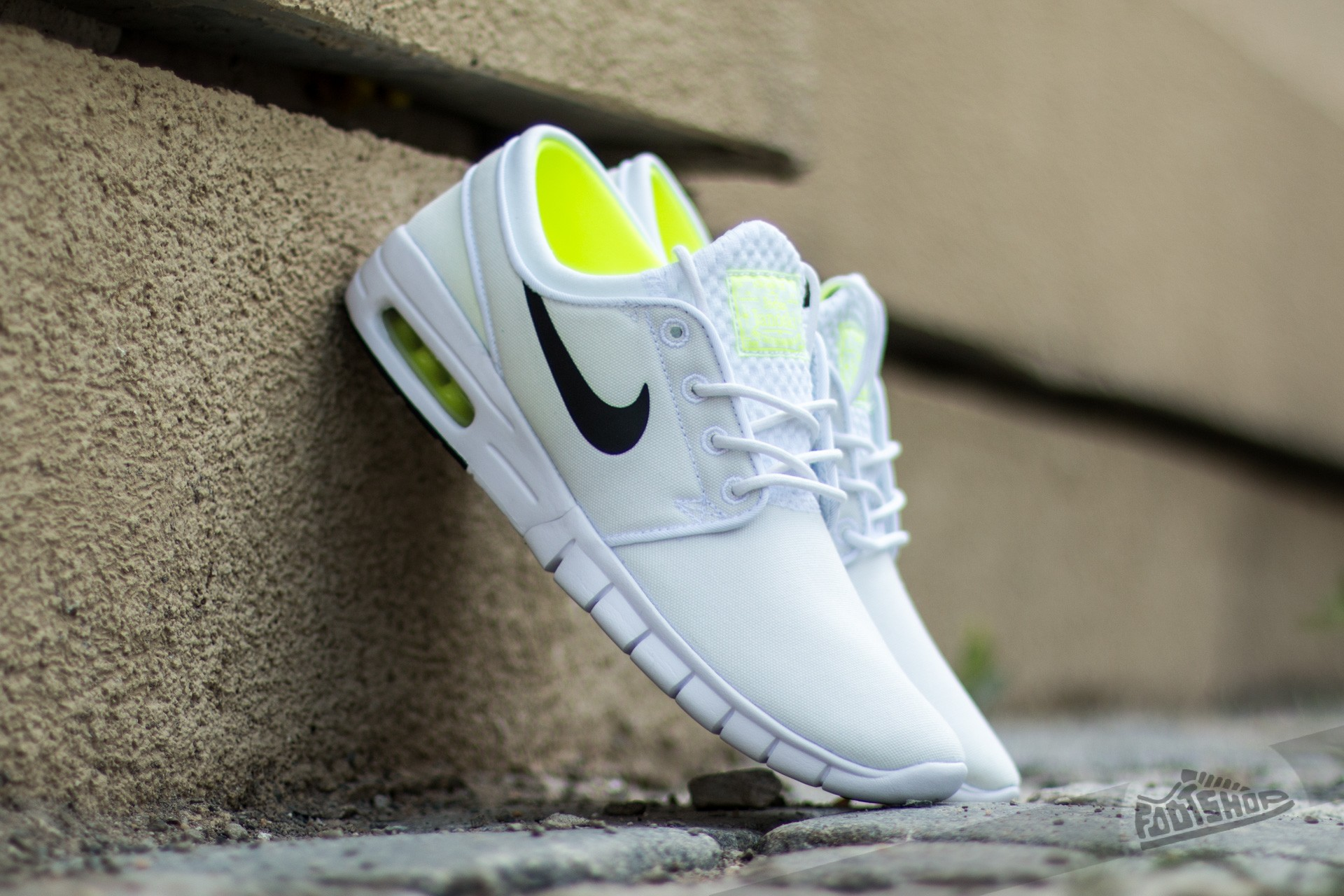 newest collection 13a10 d6209 ... caliroots stefan janoski max l nike ac39a 69bc7 czech nike stefan  janoski max white black volt white c9035 109d3 ...