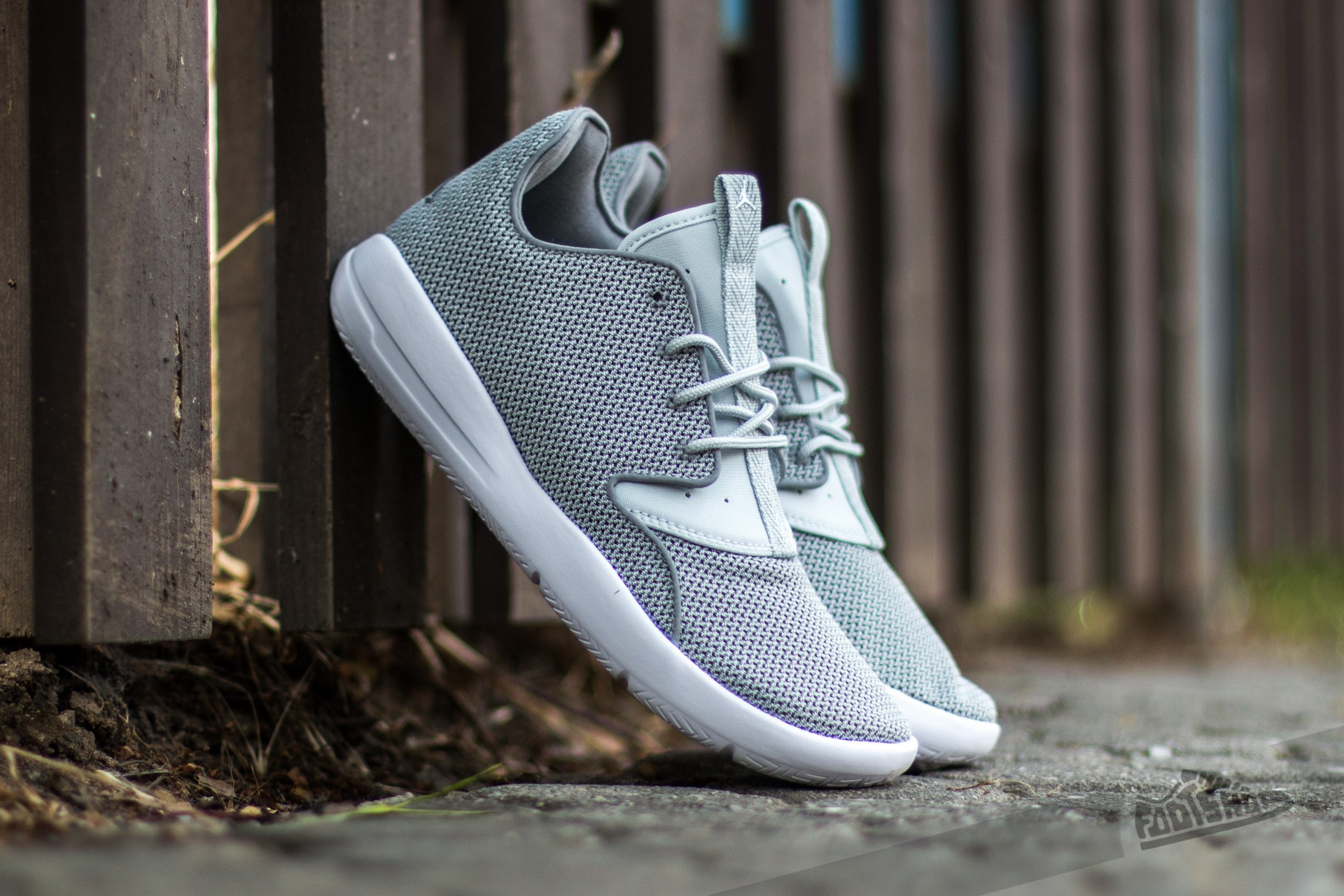 3cd91990a4f Jordan Eclipse BG Dust  White-Grey Mist