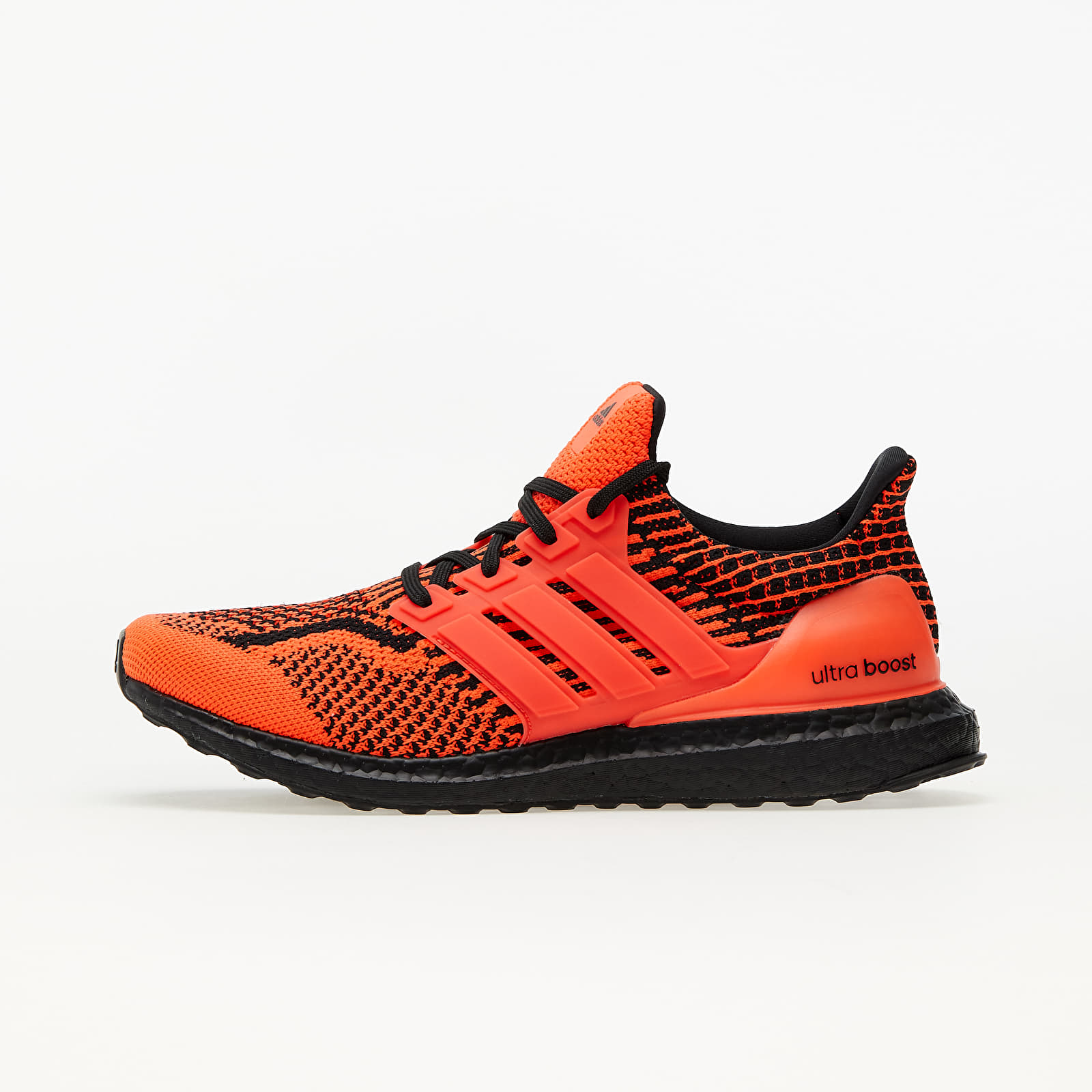 adidas UltraBOOST 5.0 DNA Solar Red/ Solar Red/ Core Black EUR 46 2/3