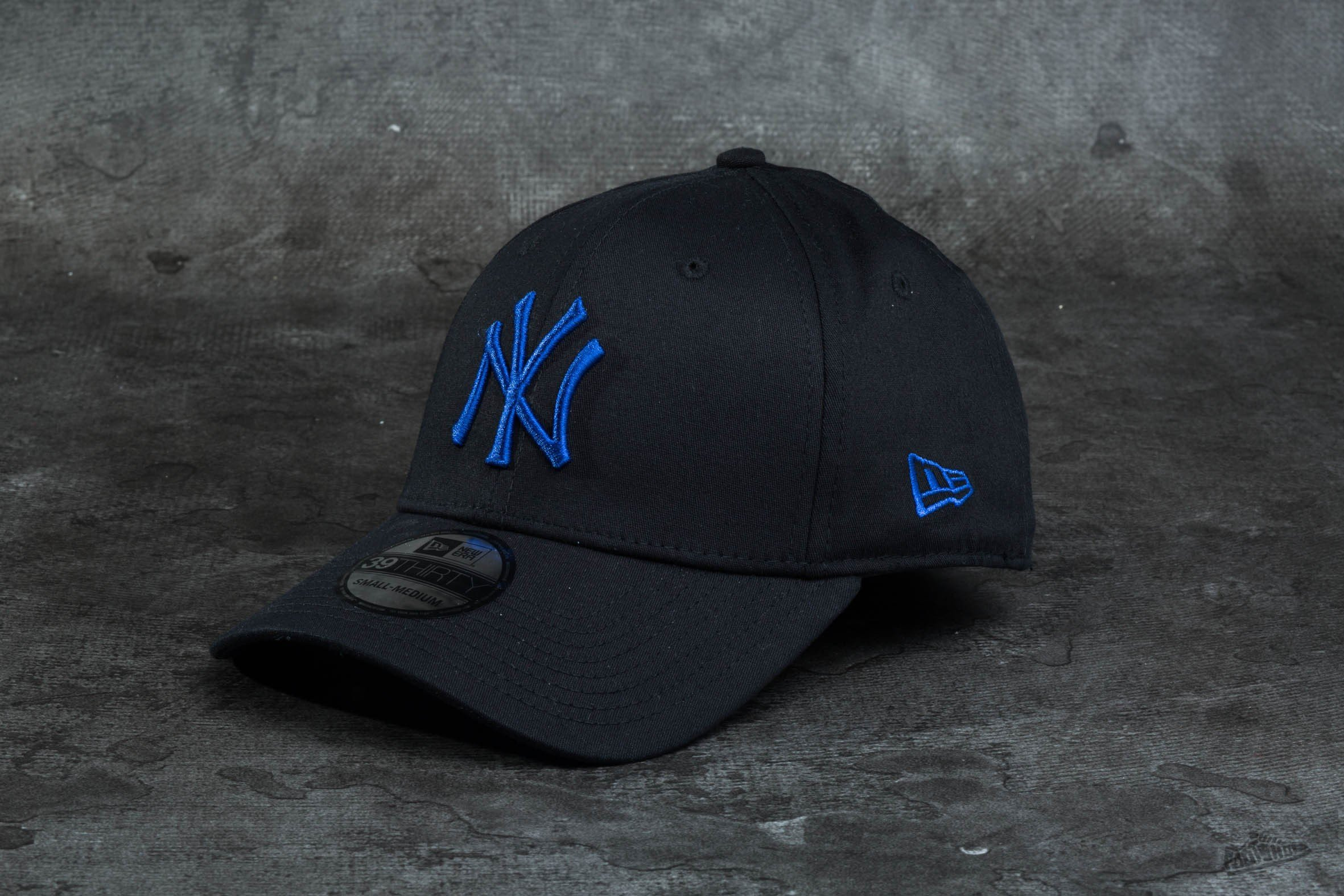 c4a0bceb433 New Era 39Thirty Black New York Yankees Black  Blue