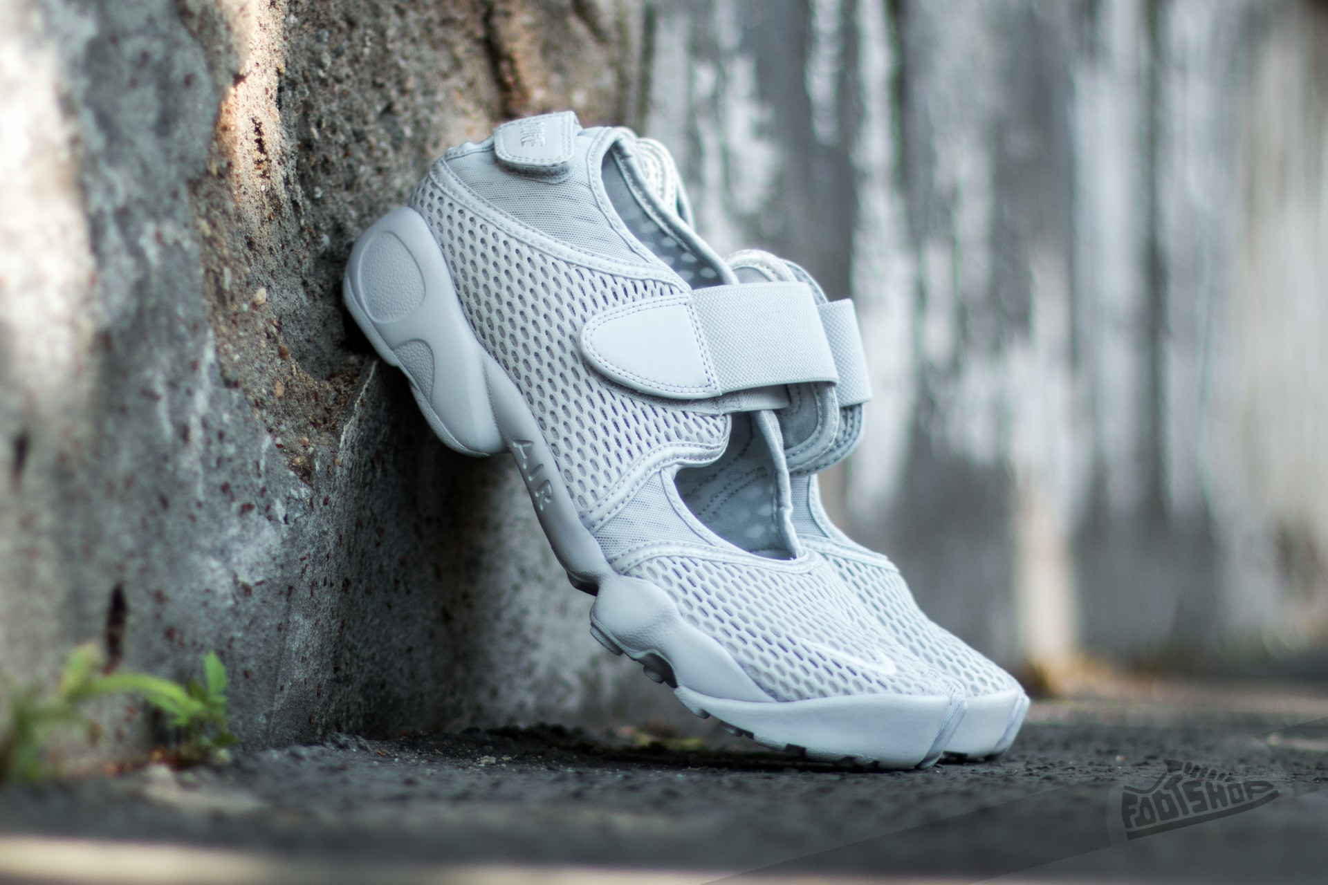 reputable site 4d498 3435b Nike Air Rift Br Prue Platinum  Pure Platinum