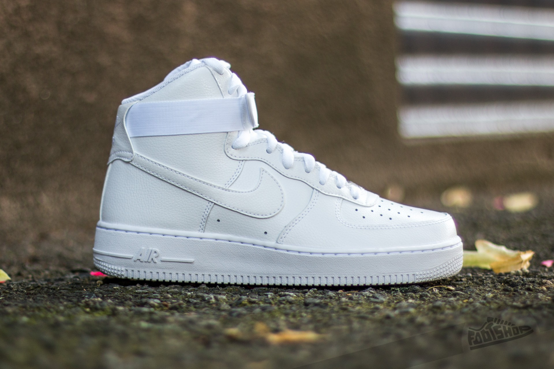 online store 044a1 5378a Nike Air Force 1 High  07 White  White at a great price 128 €