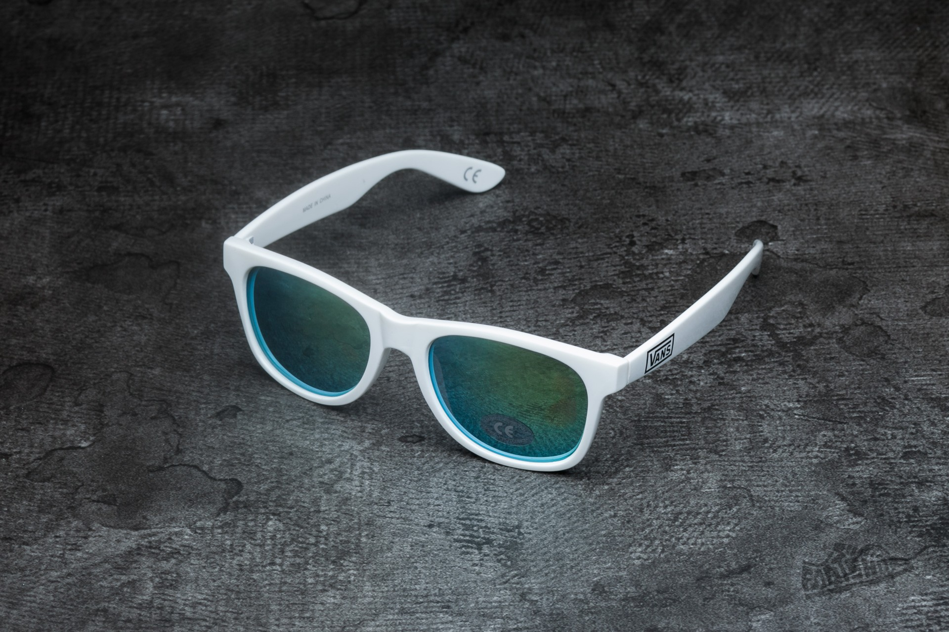 a052c6428ba6 Vans Sunglasses Spicoli 4 Shade White Mirror Green   Footshop
