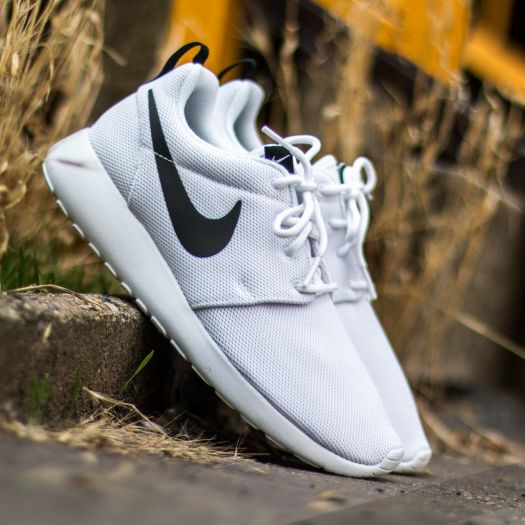 best service 01743 b4e48 Nike Wmns Roshe One White/ White-Black | Footshop