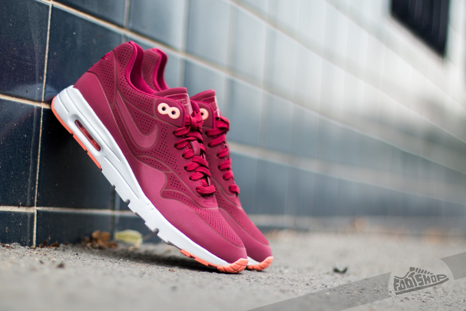 Nike Wmns Air Max 1 Ultra Moire Noble Red Noble Red | Footshop