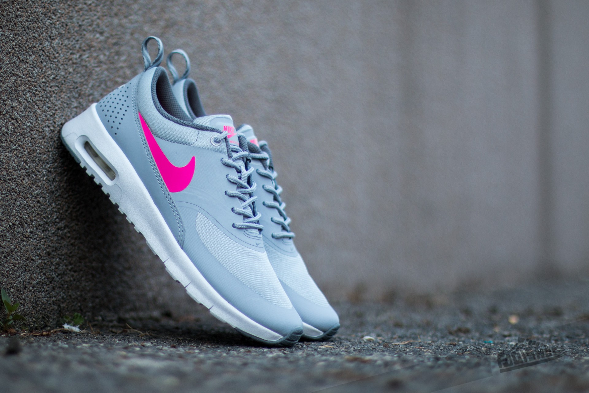 new arrivals c771a 58e54 inexpensive nike air max thea gs wolf grey hyper pink cool grey b2030 8a1ff
