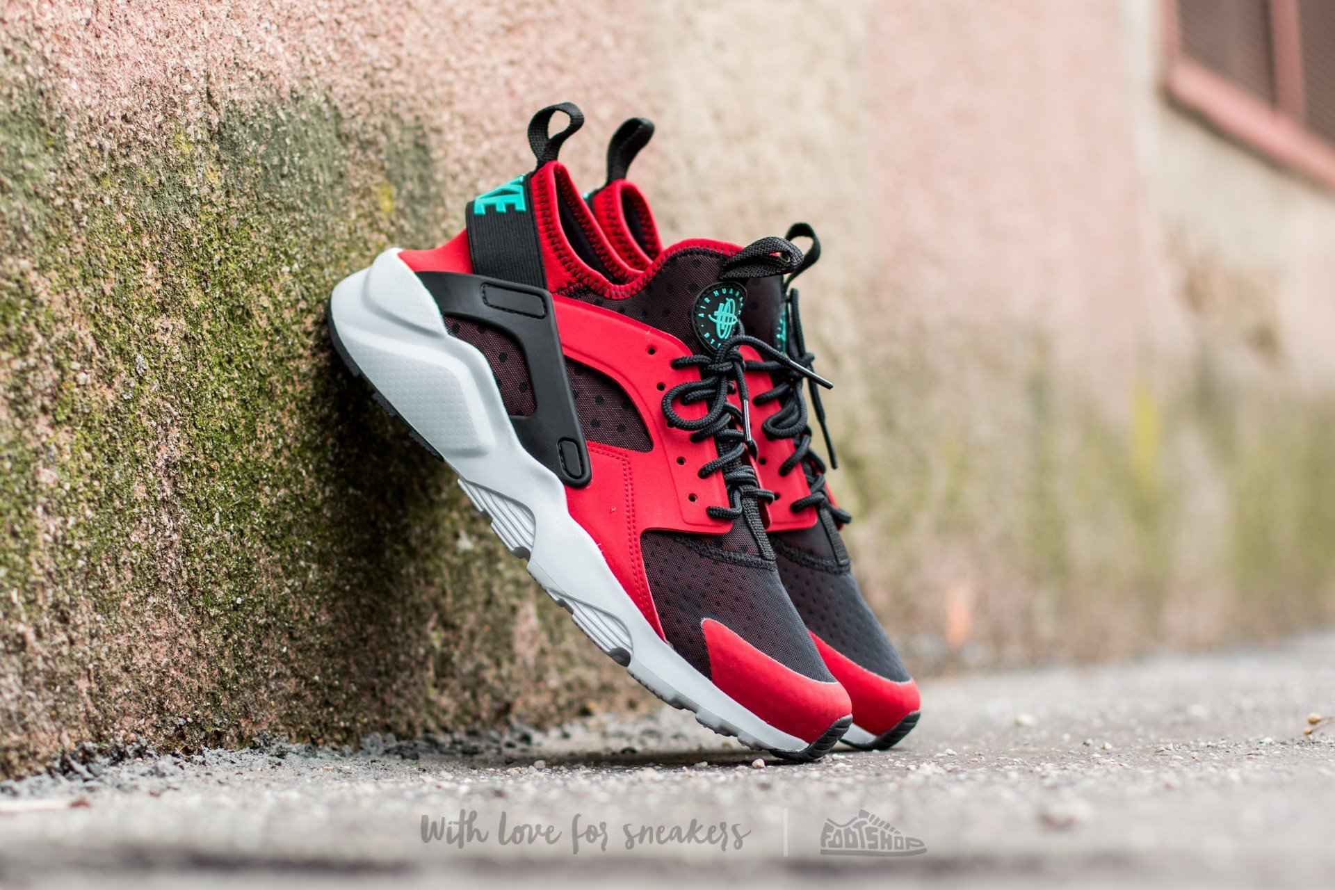 90b3ddbbe71561 Nike Air Huarache Run Ultra Gym Red  Clear Jade-Black-Pure Platinum