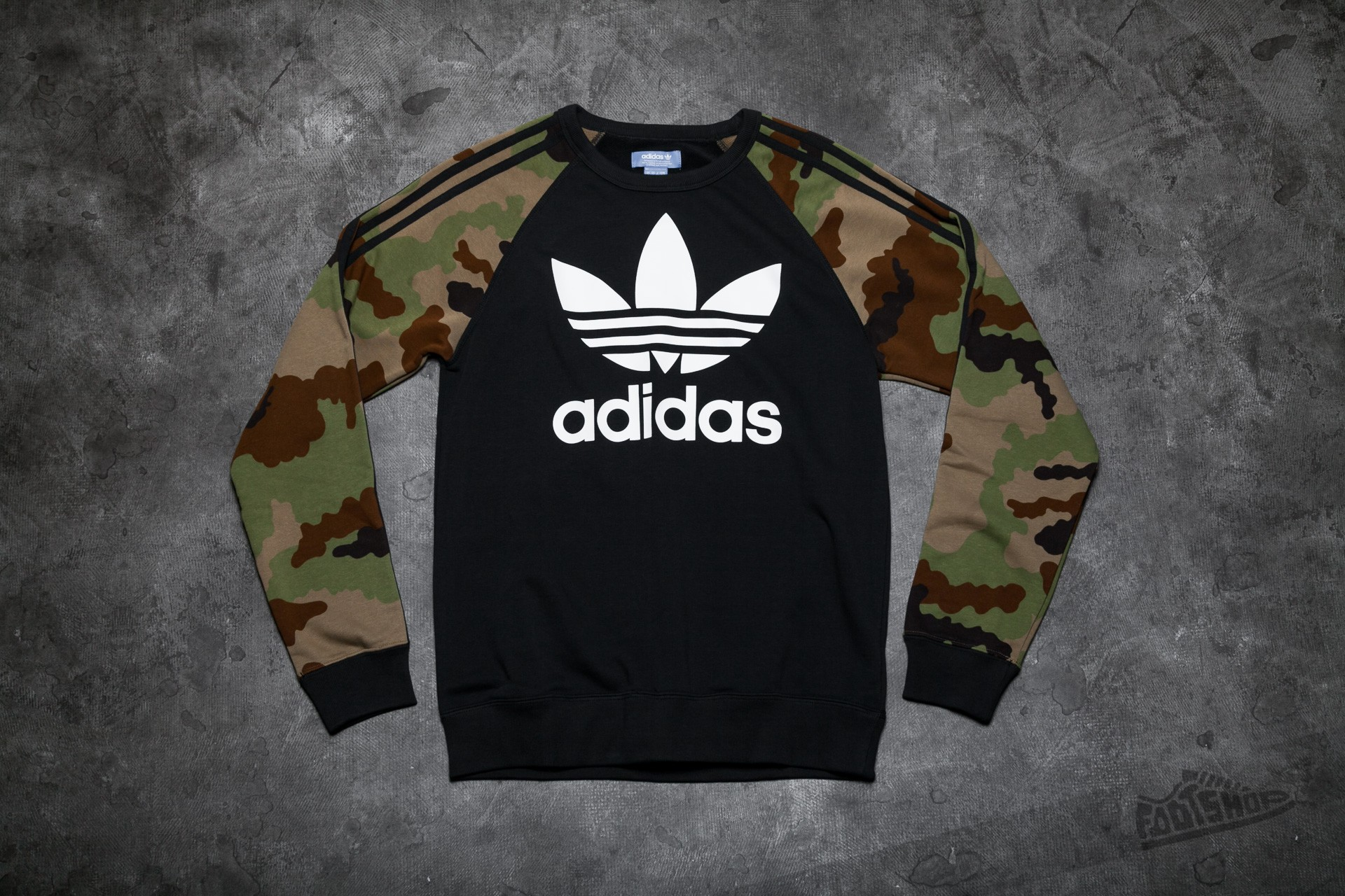 adidas ES Crew Black Earth Khaki | Footshop