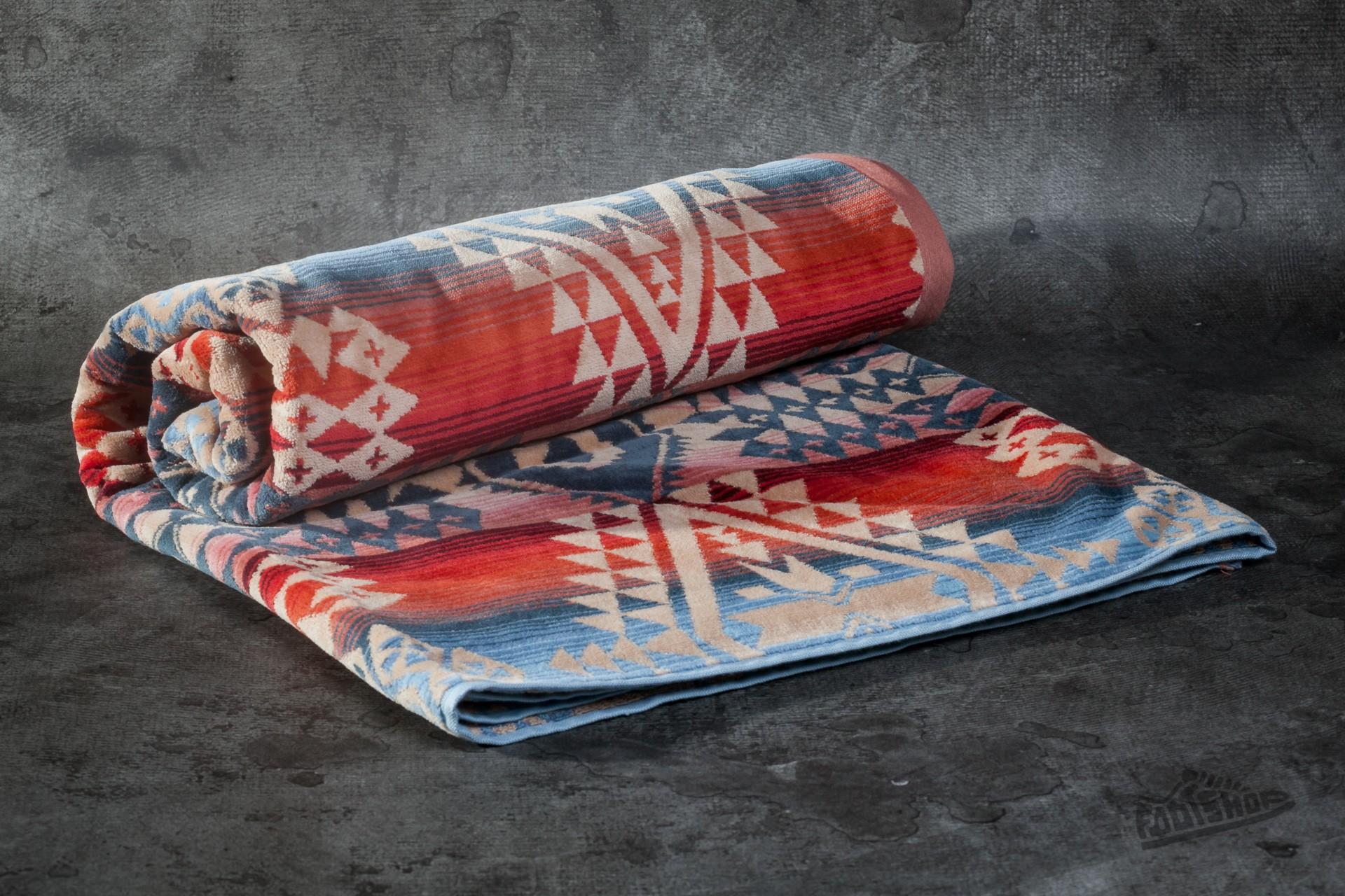 Pendleton Desert Sky (Canyonlands) Oversized Jacquard Towel za skvělou cenu 2 090 Kč koupíte na Footshop.cz