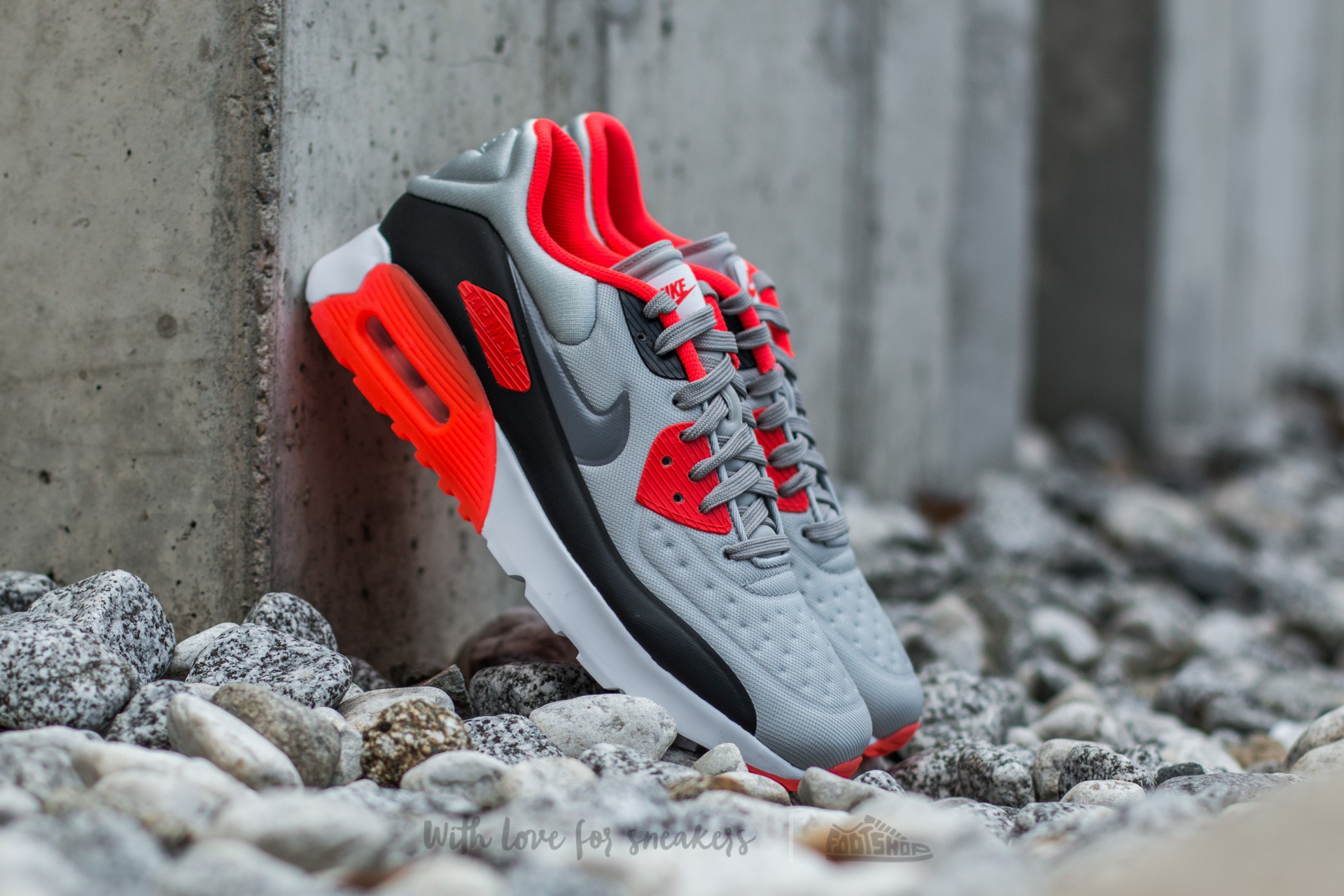 9597b7529014 Nike Air Max 90 Ultra SE Pure Platinum  Cool Grey-Neutral Grey-Bright