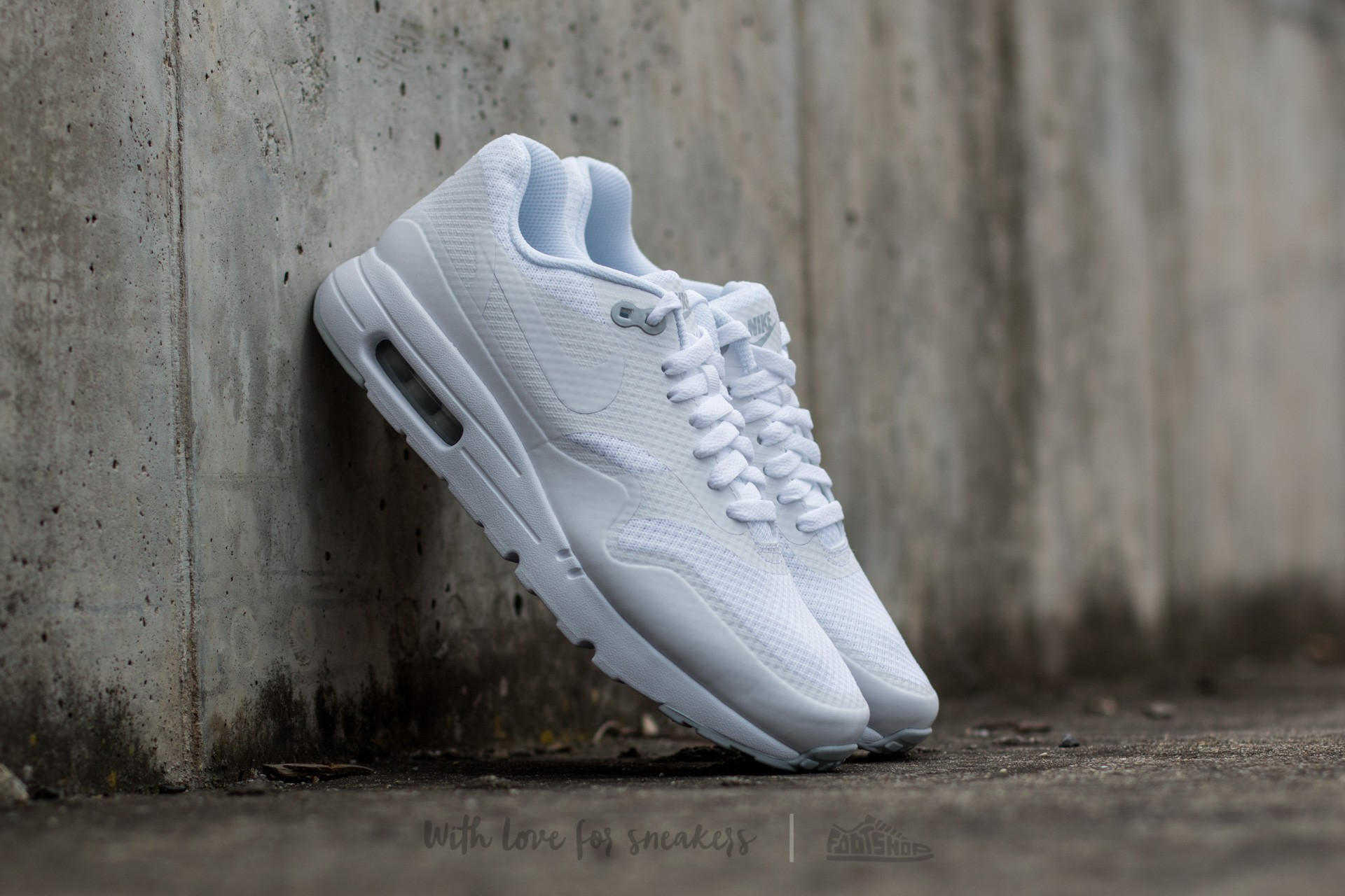 Altoparlante Helecho Amperio  Men's shoes Nike Air Max 1 Ultra Essential White/ White-Pure Platinum |  Footshop