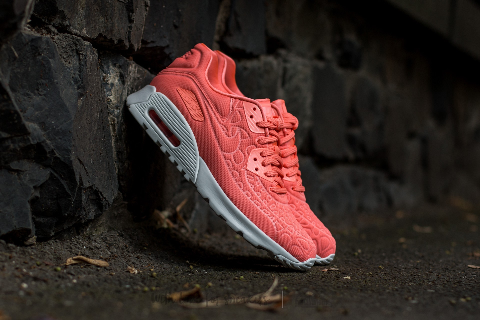 Nike Wmns Air Max 90 Ultra Plush (Atomic Pink Atomic Pink Summit White)