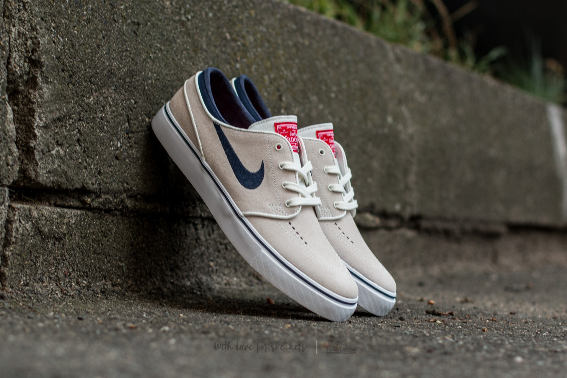 b01f62f41a 61.48 103.21 1ecf9 2f919; coupon code for nike zoom stefan janoski summit  white obsidian university red white 1c9d0 4f4e5